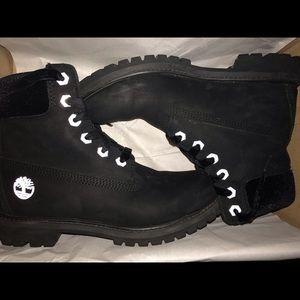 Woman's Waterproof Timberland Boots